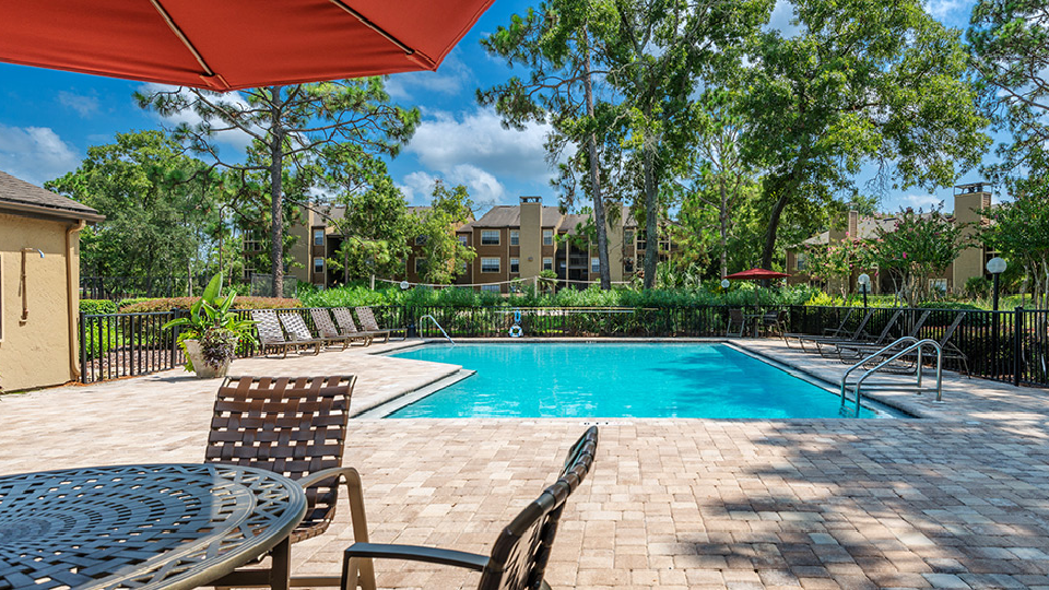 Lakeside Apartments - Jacksonville, FL