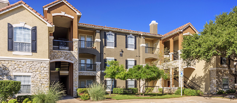 Colonial Grand At Canyon Pointe - Austin, TX