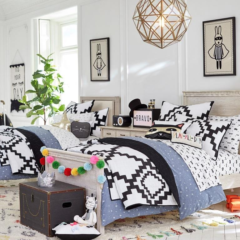 pottery barn kids pbteen in pasadena ca 91101 citysearch. Black Bedroom Furniture Sets. Home Design Ideas