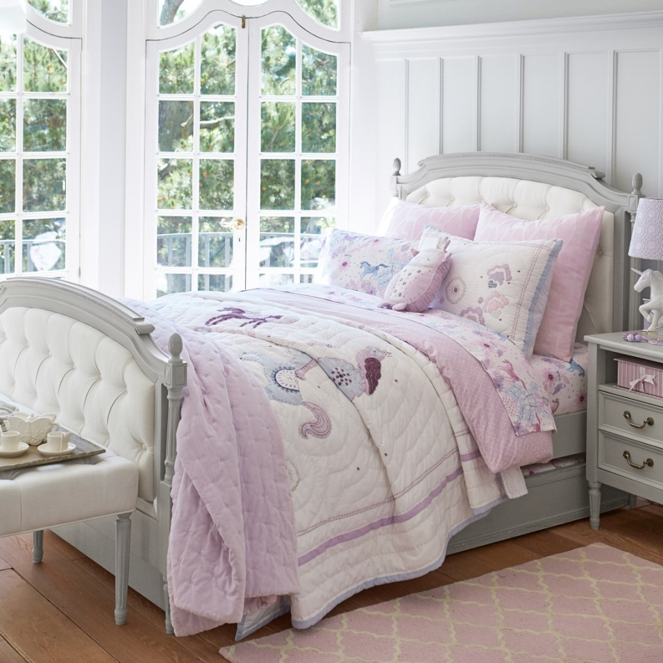 aria home collection in mission viejo ca 92692 citysearch. Black Bedroom Furniture Sets. Home Design Ideas