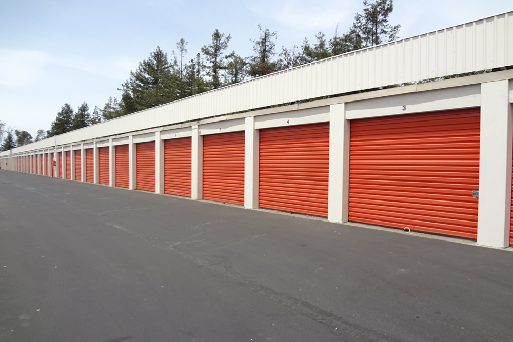 Larkfield Self Storage in Santa Rosa, California, helps you store ALL your goods -- furniture, clothes, company records, theater props, toys, office equipment -- in one place at a low rate.
