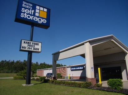 Life Storage - McHenry, MS