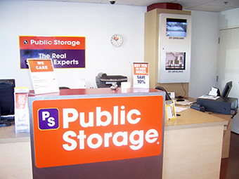 Public Storage - Chicago, IL